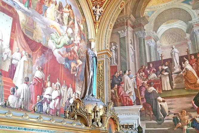 Budget Vatican Tour with Fast Access to Museums Sistine Chapel & St Peter Church