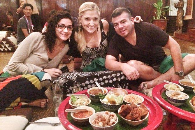 Traditional Khantoke Dinner & Cultural Dance Show Tour from Chiang Mai