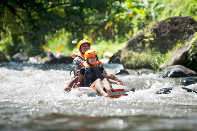 Private Day Trip Enjoy Ayung River Tubing-Bali's Beautiful Tirta Empul Temple