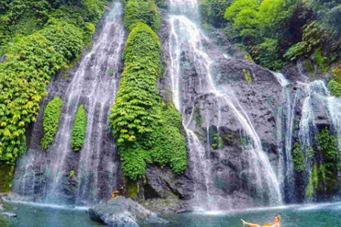 Private tours Banyumala Waterfall-Twin lake-Traditional Market-Botanical Garden