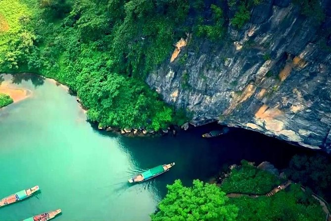 Deluxe Small Group : PHONG NHA CAVE - Paradise Cave Full Day Tour
