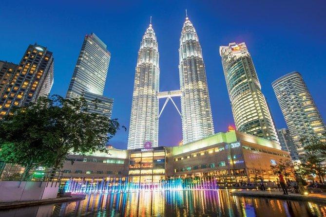 Budget Tour: Kuala Lumpur Full Day City Towers & Batu Caves Tour