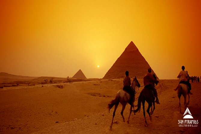 Tour to Giza Pyramids & Sphinx photo 1