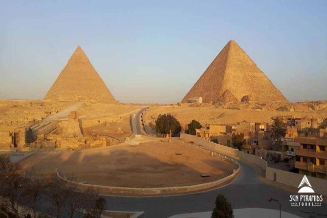 Day Tour to Giza Pyramids, Memphis City, Dahshur And Sakkara Pyramids in Egypt