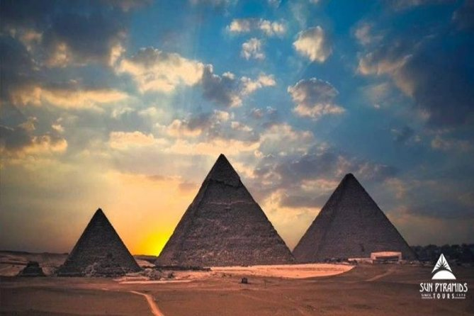 Cairo Layover Tour To Pyramids,Museum,Khan Khalili Bazaar And Nile Dinner Cruise
