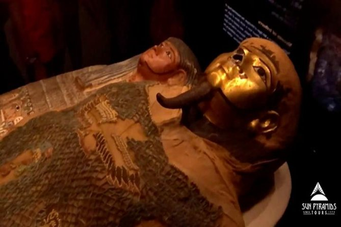 Day Tour to Egyptian Museum, Old Cairo & Bazaar in Egypt