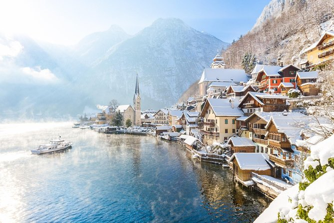 Small-Group Christmas Day Trip to Hallstatt from Vienna