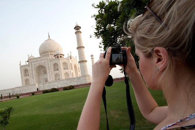 All Inclusive Agra Day Trip to Taj Mahal, Agra Fort & Baby Taj from Delhi by Car photo 1