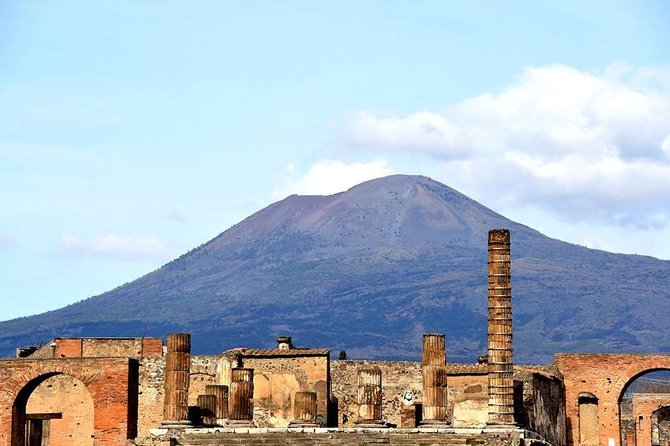 Shore excursion Guided Tour of Pompeii Ruins and Sorrento with a Farmhouse Lunch