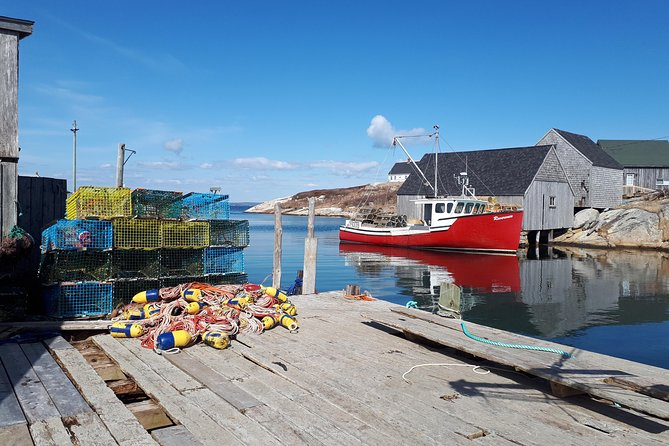 Peggy's Cove and Halifax Tour with Lobster Roll Lunch