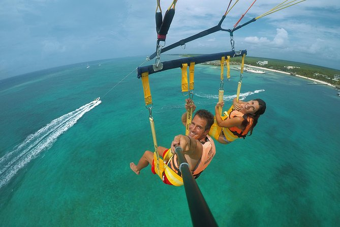 Parasailing Discovery in Cancun & Playa del Carmen