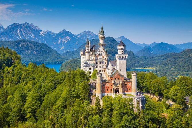 Neuschwanstein and Linderhof Castle Private Tour from Munich