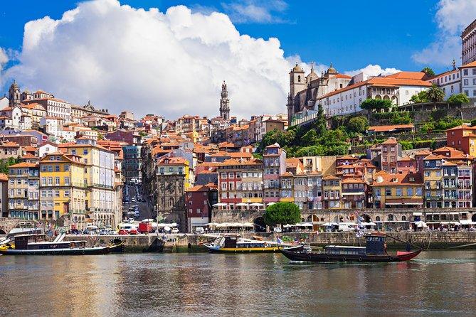 Porto: City Tour Including Lunch