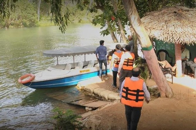 Boat ride in Poovar with Pvt Transfer from Kovalam