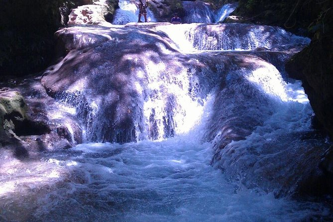 River Tubing and Blue Hole Private Tour from Ocho Rios