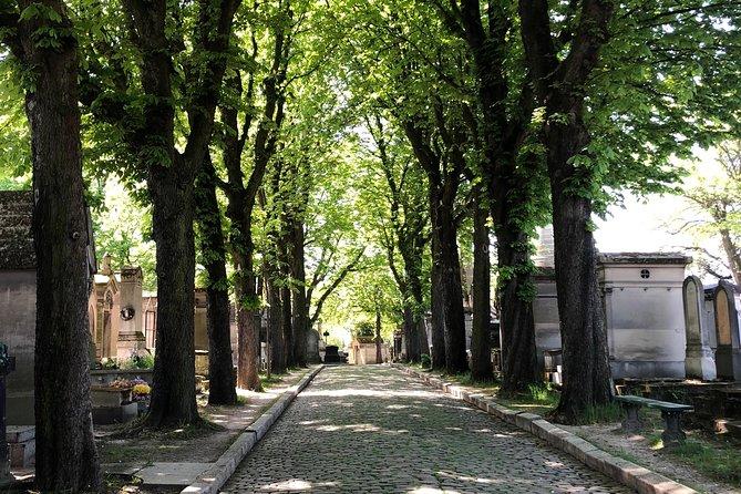 Semi-Private Père Lachaise Cemetery Tour