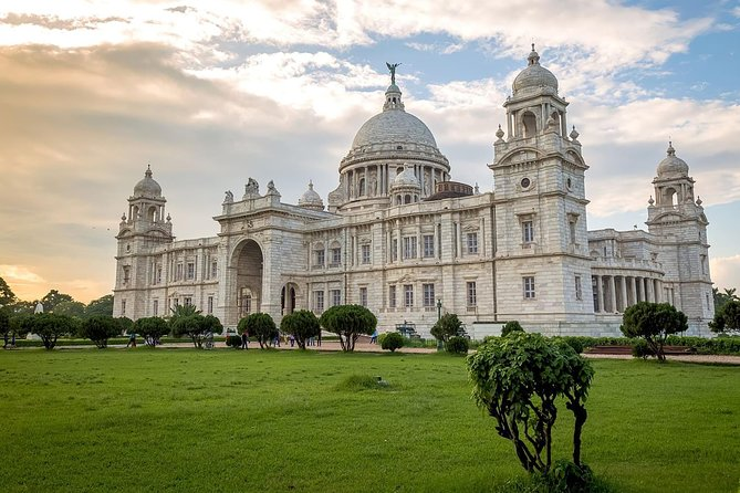 Monument Full Day Trip Including Mother House, Victoria Memorial With Lunch