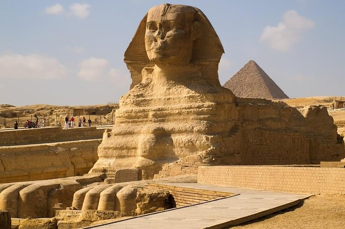 Half-Day Private tour to Pyramids of Giza and Sphinx photo 2