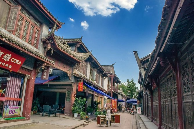 Da Chengdu: Panda gigante e antica città di Luodai in un giorno