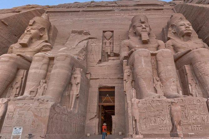 Dagtrip naar Abu Simbel vanuit Caïro via Aswan