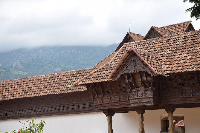 Explore The Wooden Palace In Padmanabhapuram With Lunch