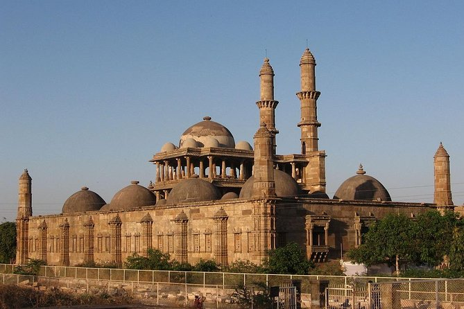 Explore Vadodara And Champaner From Ahmedabad