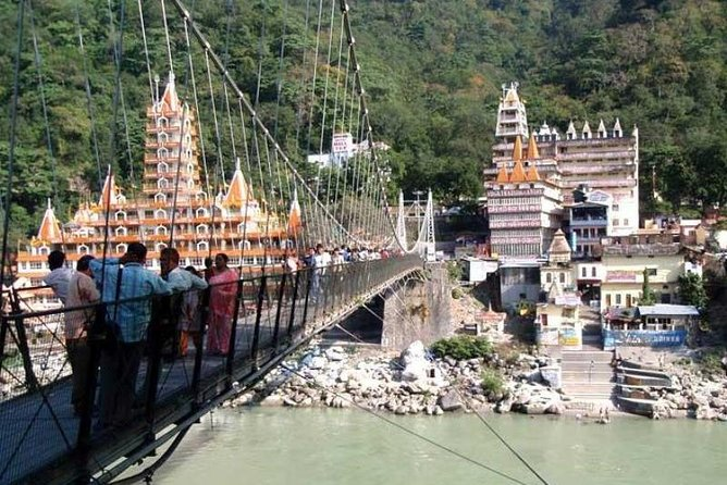 Explore Rishikesh On Foot With Lunch
