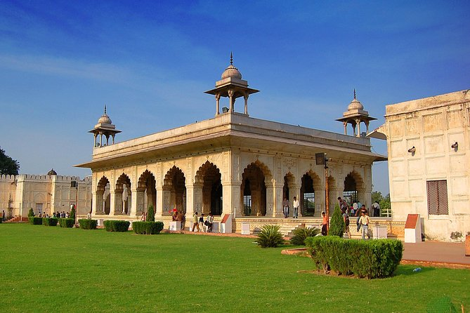Explore The Red Fort With Private Guide