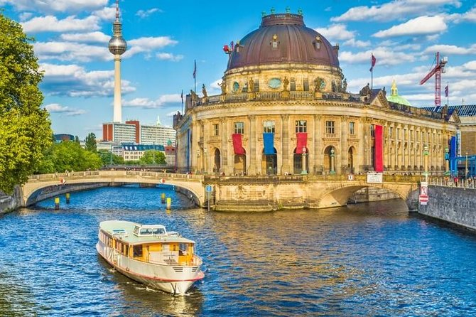 Berlin Private Tours with Locals: 100% Personalized, See the City Unscripted