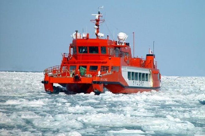 Hokkaido: Icebreaker Cruise in Monbetsu