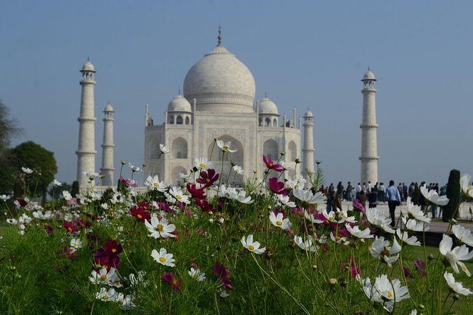 Delhi to Agra and Taj Mahal Private Day Trip by Express Train with Lunch photo 1