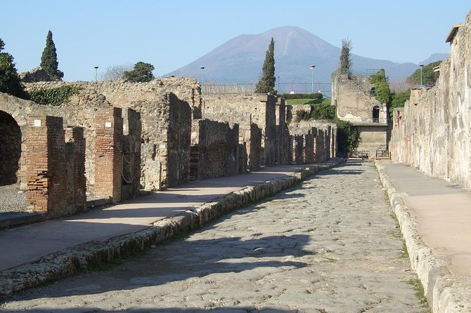 Daytrip to Pompeii, Positano and Amalfi from Rome photo 1