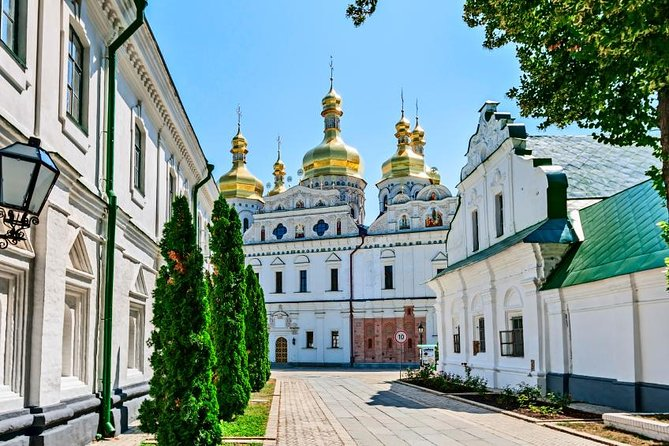 Kiev Combo: Private Tour of Kyiv Pechersk Lavra and WWII Museum photo 15