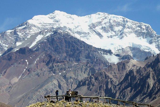 Santiago: Trekking de dia inteiro até a montanha do Aconcágua