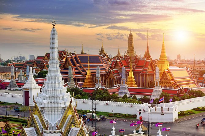 Bangkok Airport Layover Special : Touch of Thailand 4 Hours Transit Tour