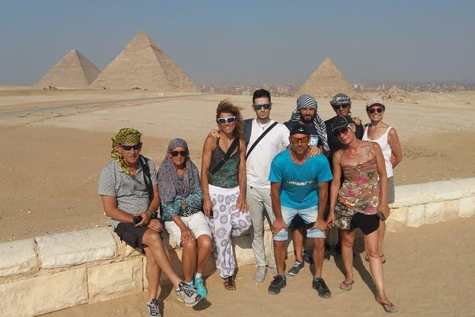 Giza pyramids cairo day tour from Hurgahda by vehicle