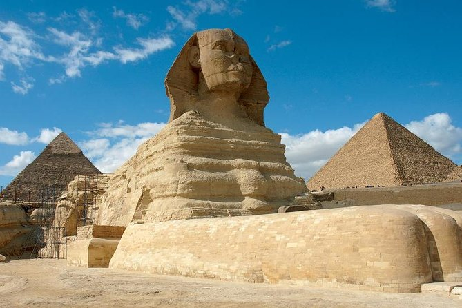 Half Day Private Tour to Giza Pyramids and Sphinx Included Lunch