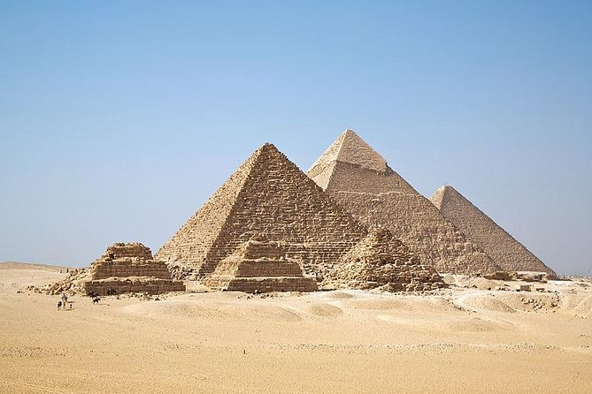 Half Day Private Tour to Giza Pyramids and Sphinx Included Lunch photo 3