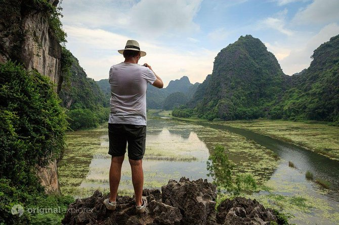 Ninh Binh Superb Day Tour With Sampan Ride