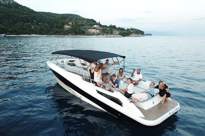 Blue Cave and Surrounding Islands Boat Trip from Split