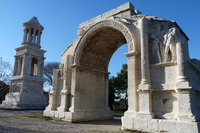 Day Trip to Provence Villages including Pont du Gard from Arles photo 4