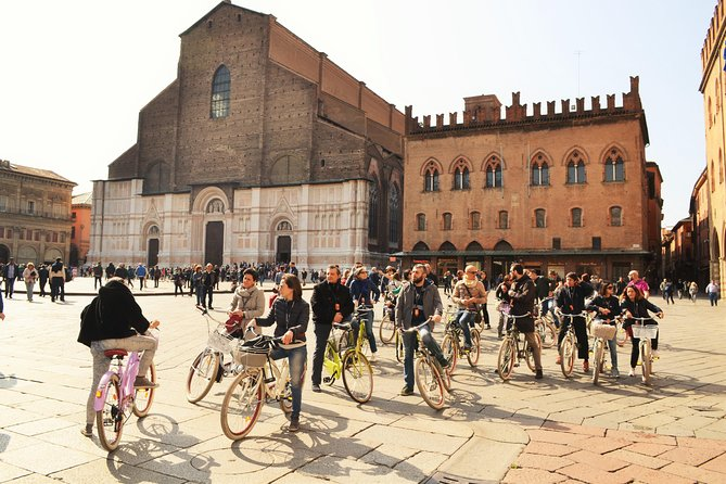2-Hour Bike Tour of Bologna