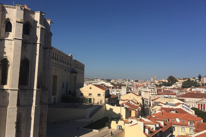 Lisbon compact- the highlights of the old quarters