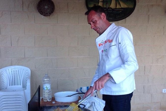 Paella Man Delivery at Your Mallorca Holiday Home