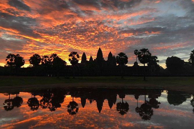 Angkor Wat & Banteay Srei 1-Day Tour