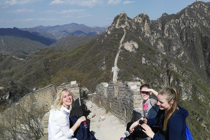 Private Hiking Day Tour: Jiankou Great Wall from Beijing with Lunch