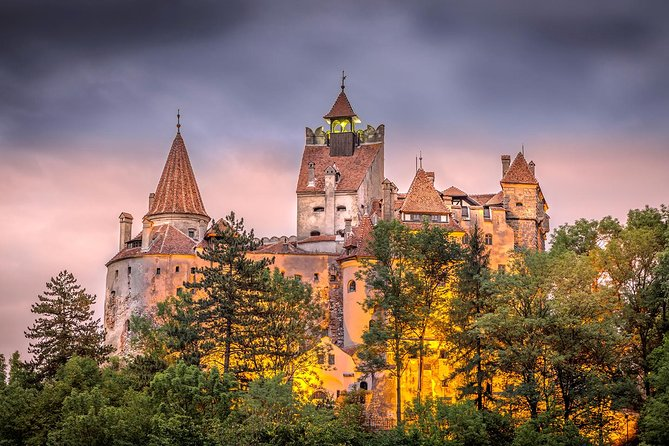 Taste of Transylvania Private Tour: Dracula & Peles Castles, Brasov Old Town