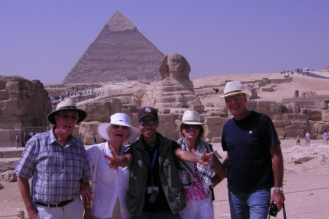 Half-Day Giza Pyramids Tour Plus One-Hour Felucca Nile Ride