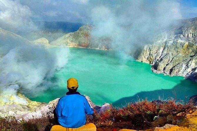 See The Sunrise From The Top Of Mt Ijen