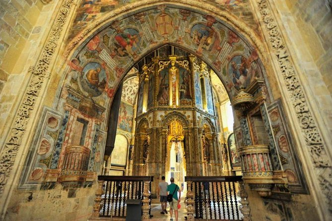 Full-Day Private Tomar, Knights Templar and Castles Tour